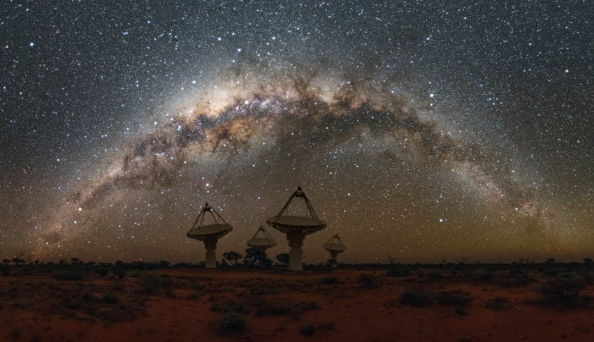 'Echo mapping' in faraway galaxies could help measure stellar distances